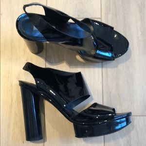 Pour La Victoire Patent Leather Platform Sandals